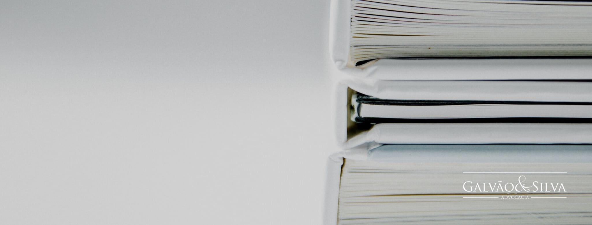 Advogado tem fé pública para autenticar documentos?