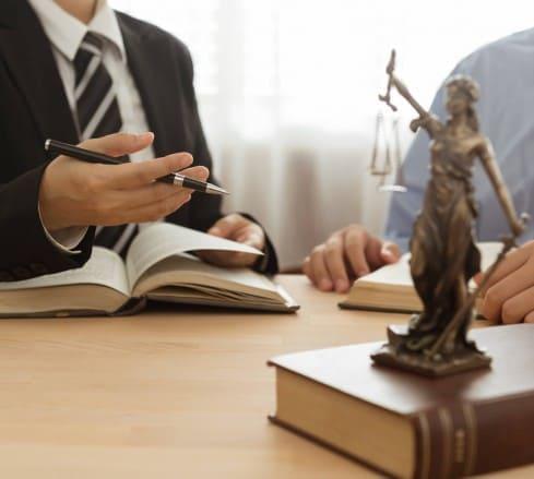 Advogado criminalista no Distrito Federal: saiba o que faz e como escolher
