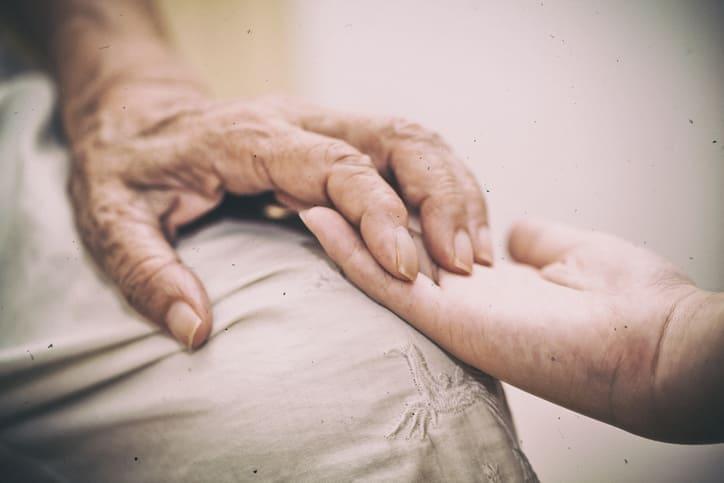 Interdição de idoso: saiba o que é e por quais razões ela acontece